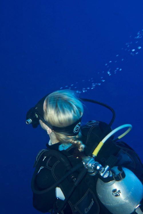 14_Dive-Buddy-Heidi-Hostettler