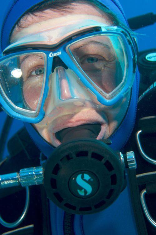 11_Dive-Buddy-Heidi-Hostettler
