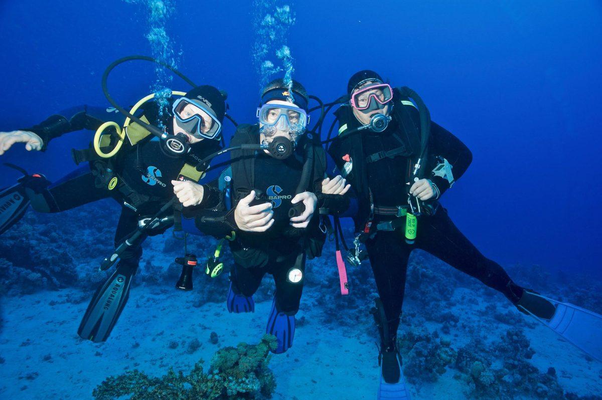 17_Dive-Buddy-Heidi-Hostettler