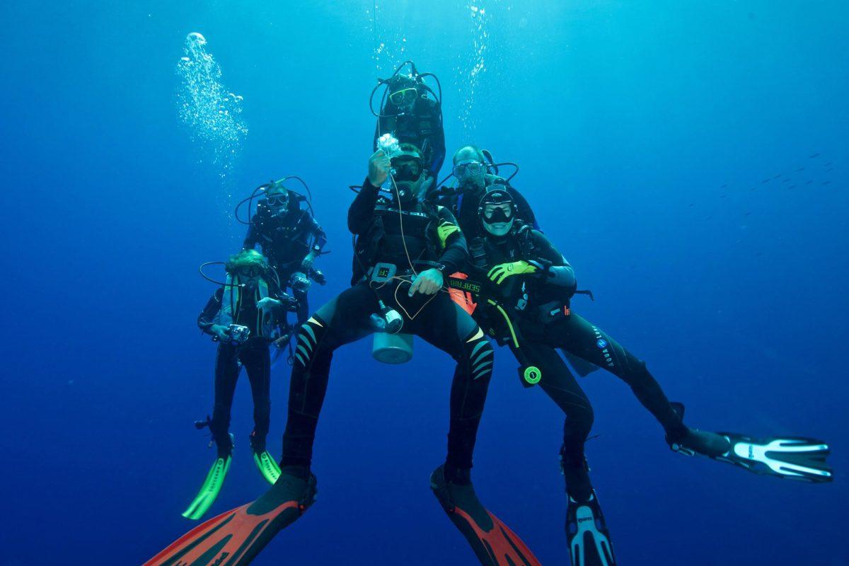 18_Dive-Buddy-Heidi-Hostettler